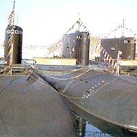 Уставшие после походов подлодки в Екатерининской гавани