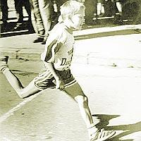 Победный финиш А. Григорьева (снимок 1997 года).