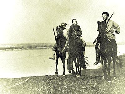 Кадр из фильма Волжские бунтари.
