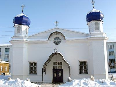 Церковь пока стоит без купола